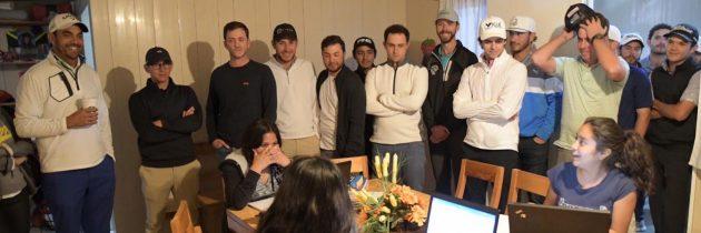 Entregan profesionales calentadores solares en Puebla