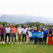 Hacen donativo profesionales en Monterrey